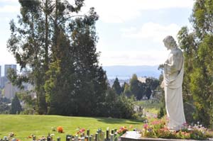 Catholic-Cemetery-Traditions