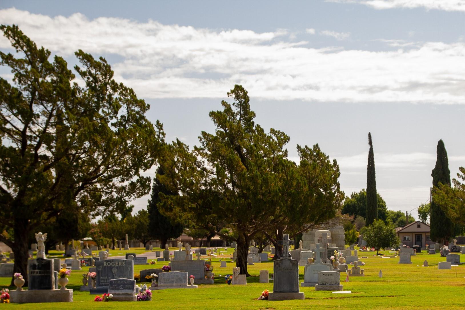 Holy Cross Cemetery, Colusa